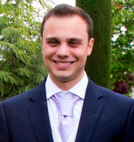 Alessandro-Battista-Aslan-Financial-Services-Team-2